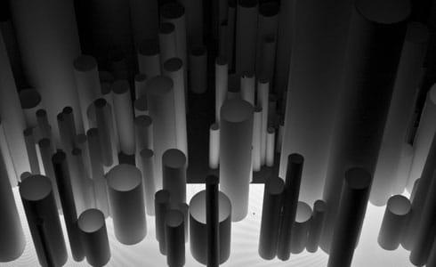 """פרט ממיצב שהציג יאן טיכי בתערוכה """"קרקס אוניברסליס"""", במסגרת הביאנלה לאמנות ארט טי.אל.וי בשנת 2009"""