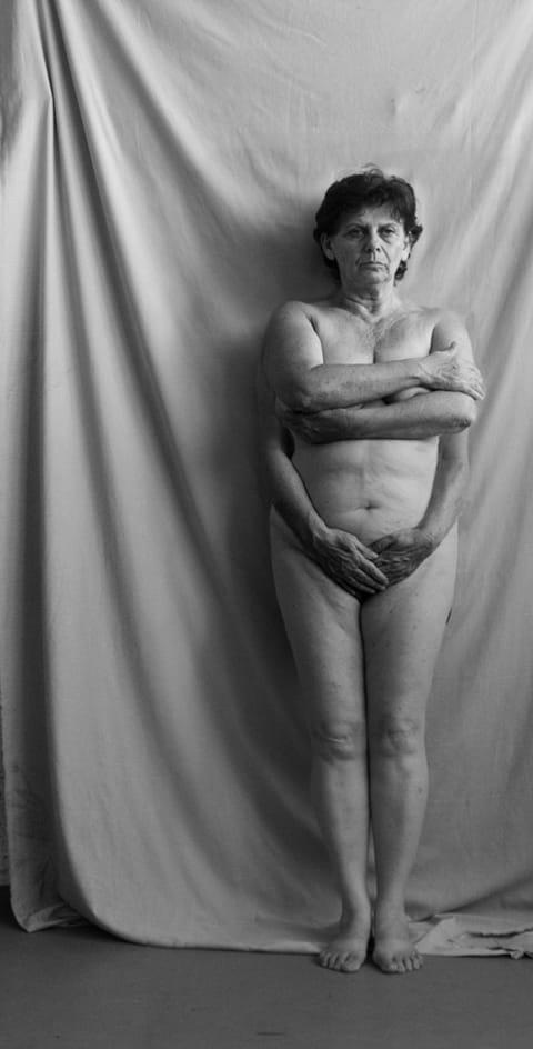 אורה ראובן - עירום, תצלום מטופל, 2012