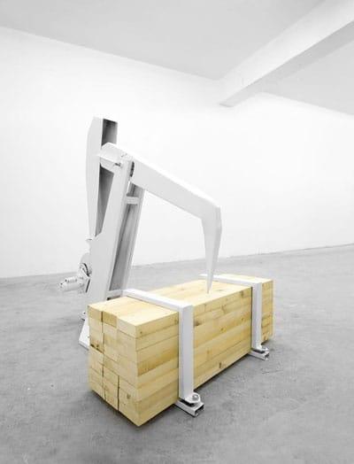 אייל אסולין - בין. מתוך התערוכה בארטפורט