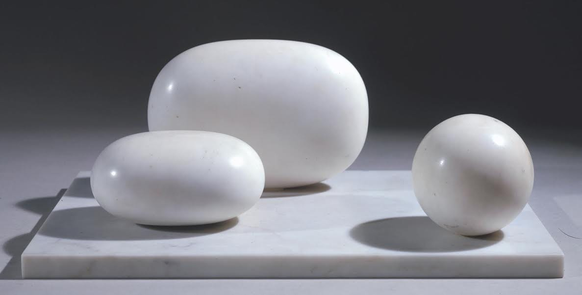 Barbara Hepworth Three Forms, 1935 Serravezza marble on marble base, 210x532x343 mm, 23 kg Tate, Presented by Mr and Mrs J.R. Marcus Brumwell