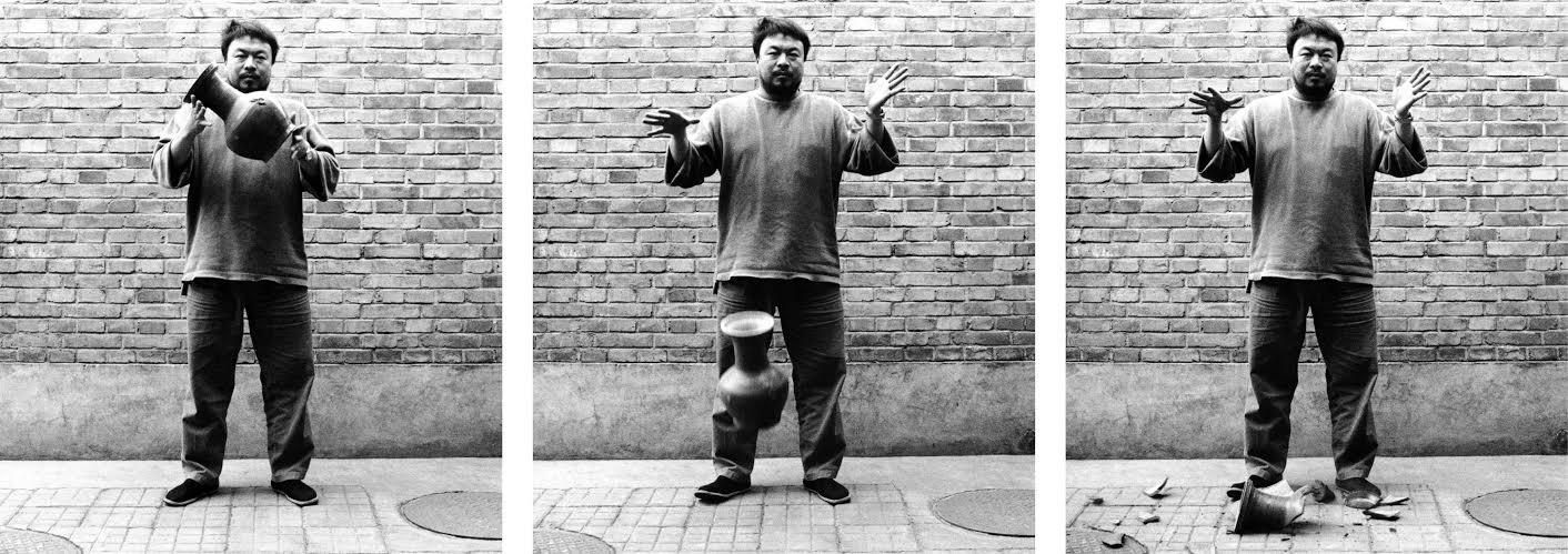 Ai Weiwei, Dropping a Han Dynasty Urn, 1955 3 Black and white prints, each 148x121cm Courtesy Ai Weiwei © Ai Weiwei