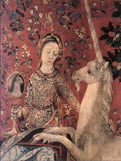 """פרגמנט מתוך השטיח המוקדש לחוש הראייה, """"הגבירה וחד הקרן"""", מוזיאון קלוני, פאריס"""